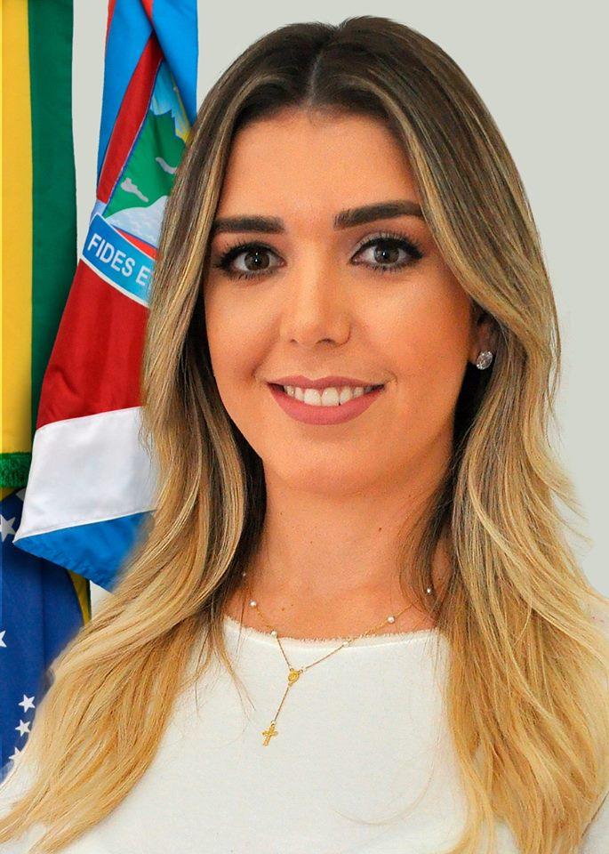 Contas da gestão da prefeita Anna Lorena de 2017 são aprovadas pela Câmara Municipal